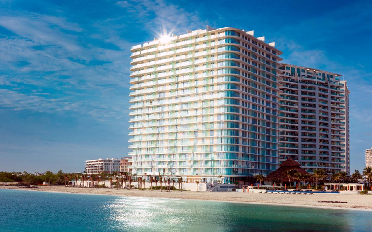 Proyecto de Inmobilia, SLS Cancún, hotel y residencias en Cancún, México.