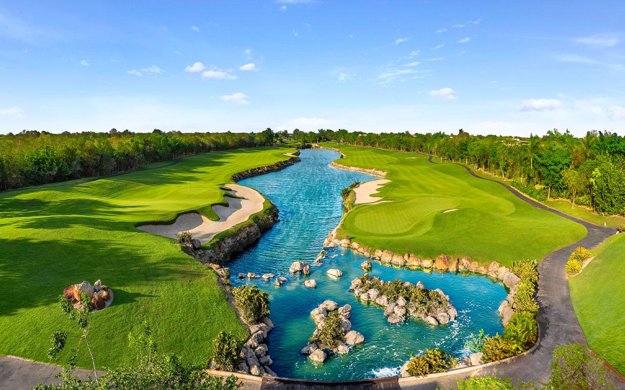 Yucatan Country Club, campo de golf el Jaguar en Mérida, Yucatán.